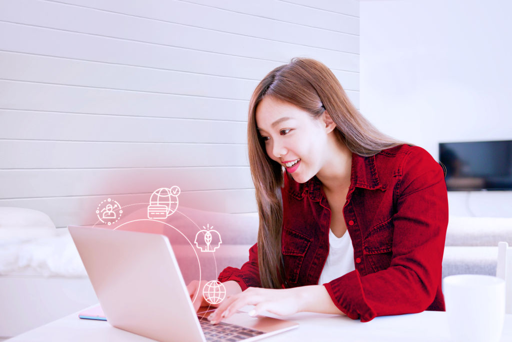 Online E-Commerce Program